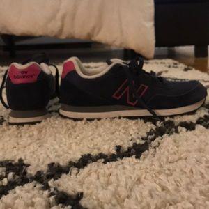 Women's New Balance 411 Sneakers